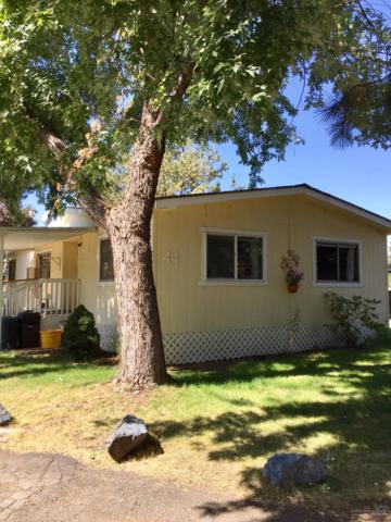 61445 SE 27th Street #44, Bend, OR 97702 (MLS #201709396) :: Birtola Garmyn High Desert Realty