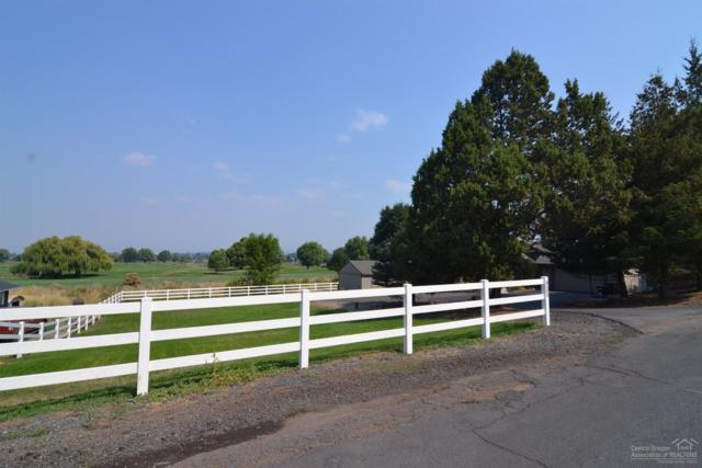 933 SW Crestview Road, Prineville, OR 97754 (MLS #201709499) :: The Ladd Group
