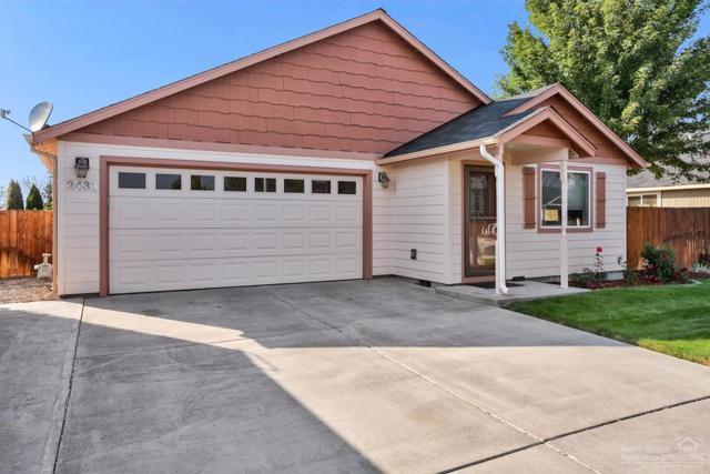 2433 NE 3rd Street, Redmond, OR 97756 (MLS #201709527) :: Windermere Central Oregon Real Estate