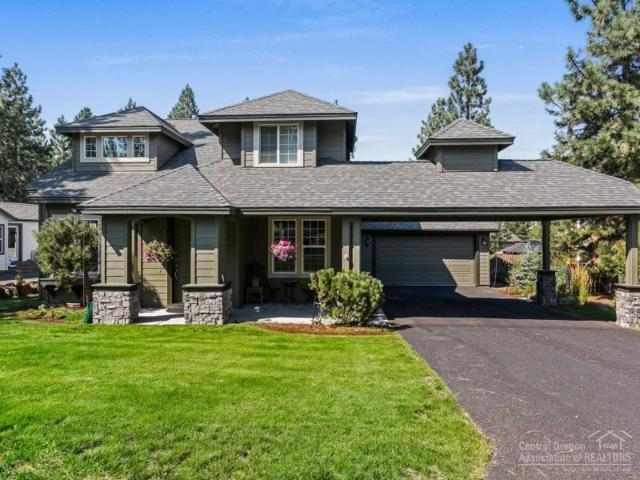 61453 SW Cultus Lake Court, Bend, OR 97702 (MLS #201709550) :: The Ladd Group