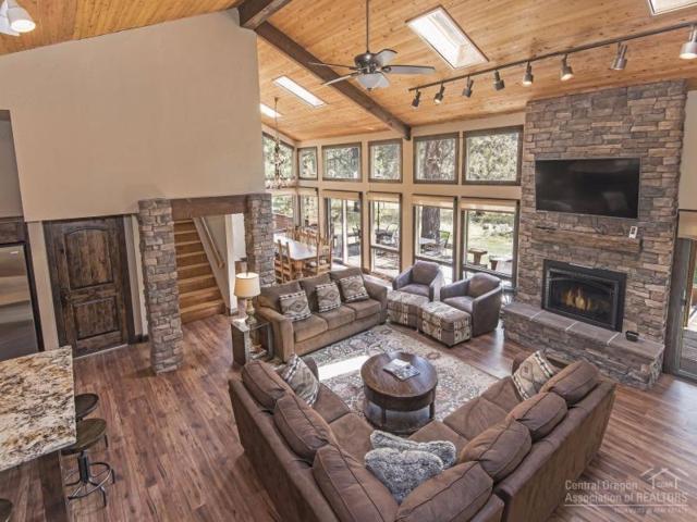 17909 Red Cedar Lane, Sunriver, OR 97707 (MLS #201709585) :: Fred Real Estate Group of Central Oregon