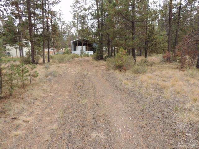 52657 Skidgel Road, La Pine, OR 97739 (MLS #201709645) :: Fred Real Estate Group of Central Oregon