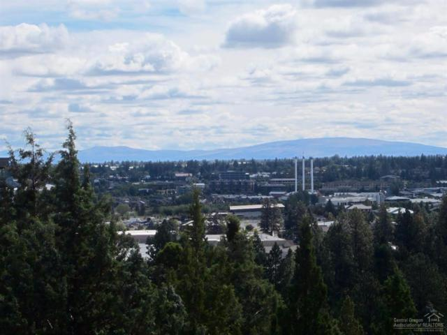 1769 SW Troon Avenue, Bend, OR 97702 (MLS #201709652) :: The Ladd Group