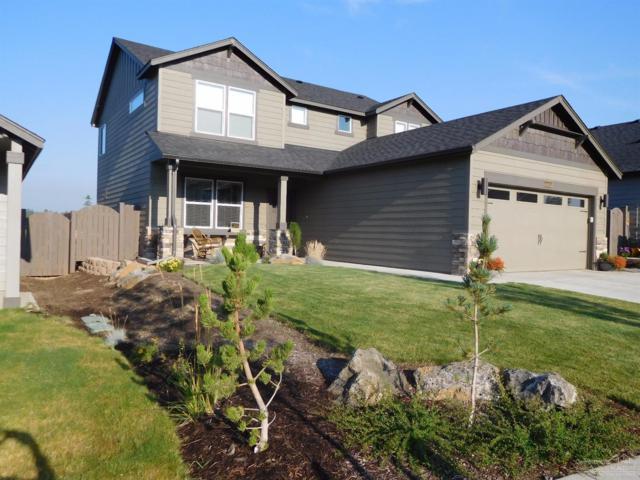 60959 SE Sweet Pea Drive, Bend, OR 97702 (MLS #201710076) :: Premiere Property Group, LLC