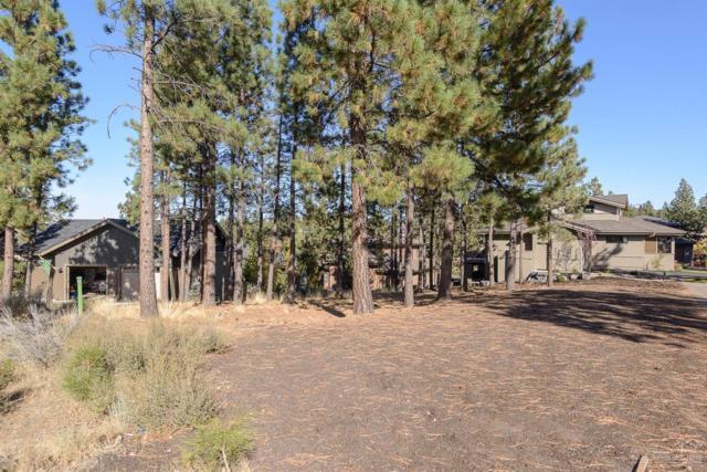 62702 Mt Thielsen Drive, Bend, OR 97701 (MLS #201710214) :: Birtola Garmyn High Desert Realty