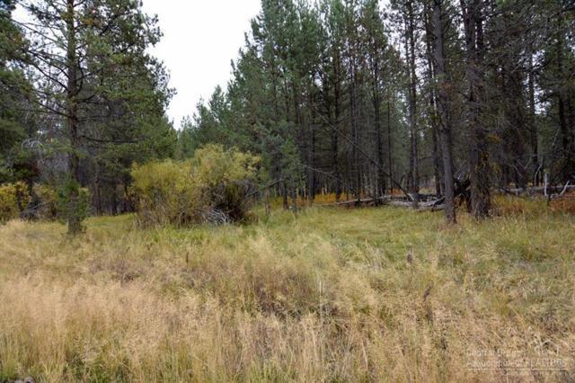 19 Gray Squirrel Drive, La Pine, OR 97739 (MLS #201710344) :: Birtola Garmyn High Desert Realty