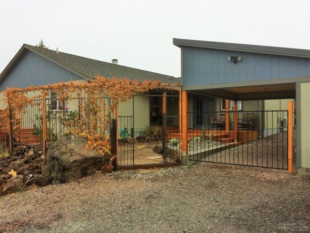 8736 SW Shad Road, Terrebonne, OR 97760 (MLS #201710588) :: The Ladd Group