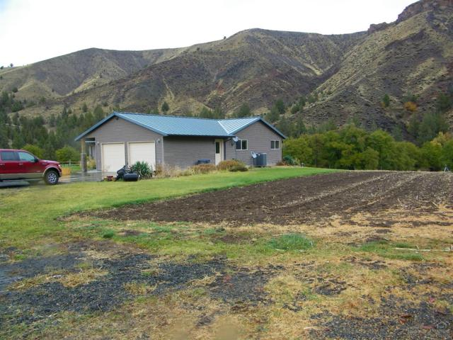28249 South Fork Road, Dayville, OR 97825 (MLS #201710718) :: The Ladd Group