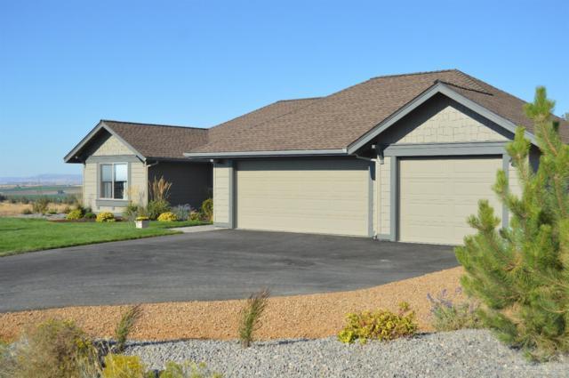 2293 NE Hilltop Lane, Madras, OR 97741 (MLS #201711099) :: Windermere Central Oregon Real Estate