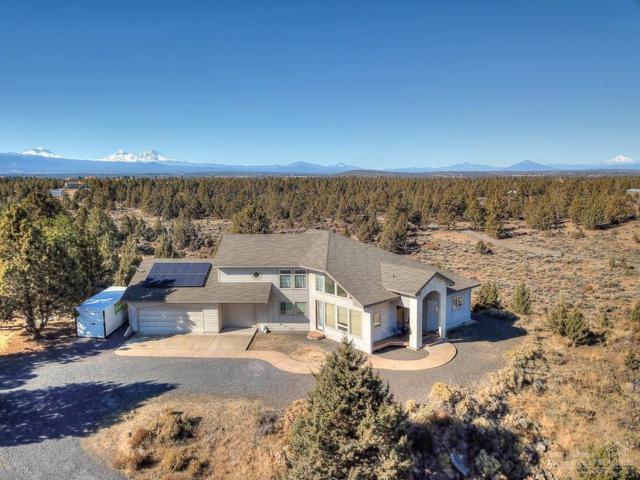 64139 Harris Way, Bend, OR 97701 (MLS #201711101) :: Birtola Garmyn High Desert Realty