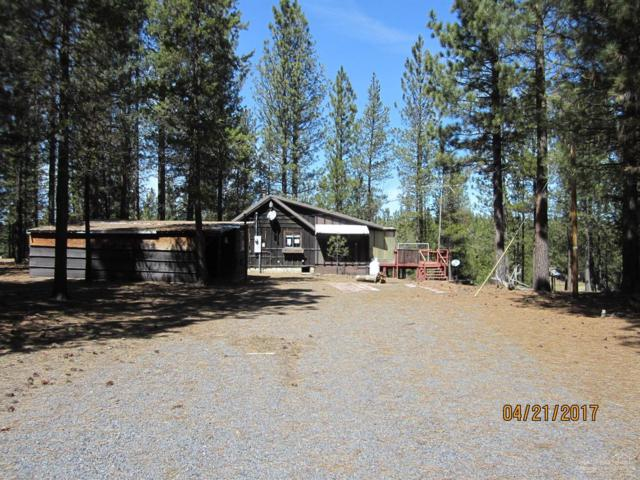 51918 Old Wickiup, La Pine, OR 97739 (MLS #201711310) :: The Ladd Group