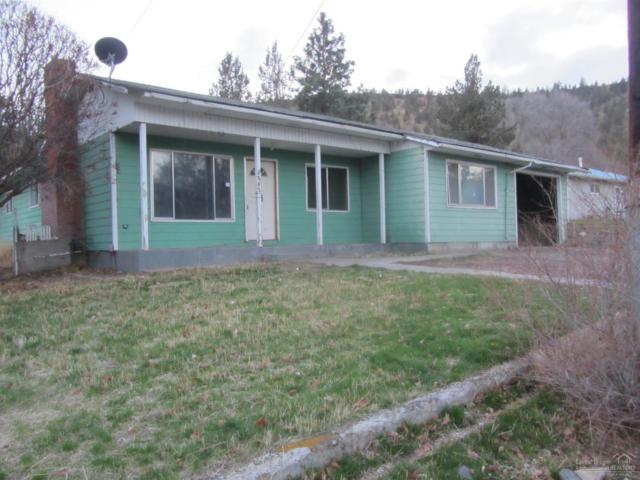1270 SW Crestview Road, Prineville, OR 97754 (MLS #201711543) :: Fred Real Estate Group of Central Oregon