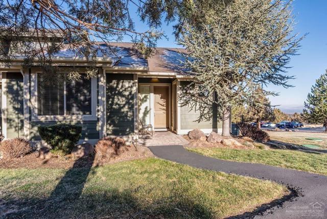 10880 Village Loop, Redmond, OR 97756 (MLS #201711795) :: Birtola Garmyn High Desert Realty