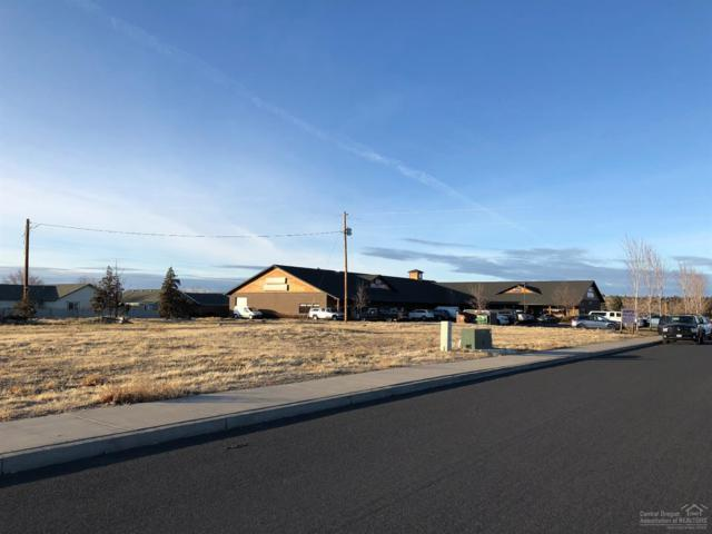 2719 NW 7th Street, Redmond, OR 97756 (MLS #201711902) :: Windermere Central Oregon Real Estate
