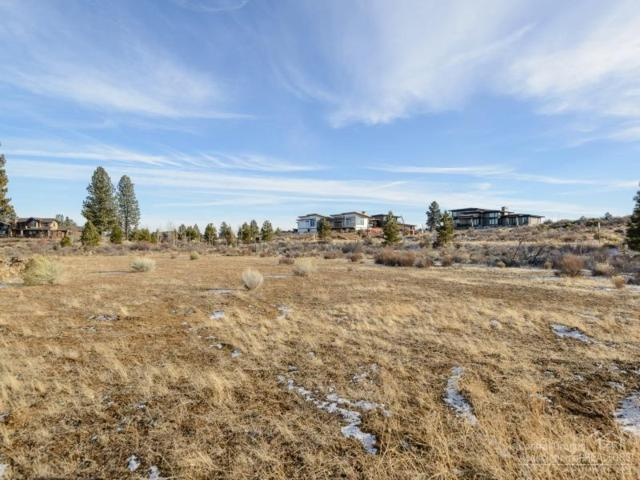 61542 Searcy Court, Bend, OR 97702 (MLS #201711933) :: The Ladd Group