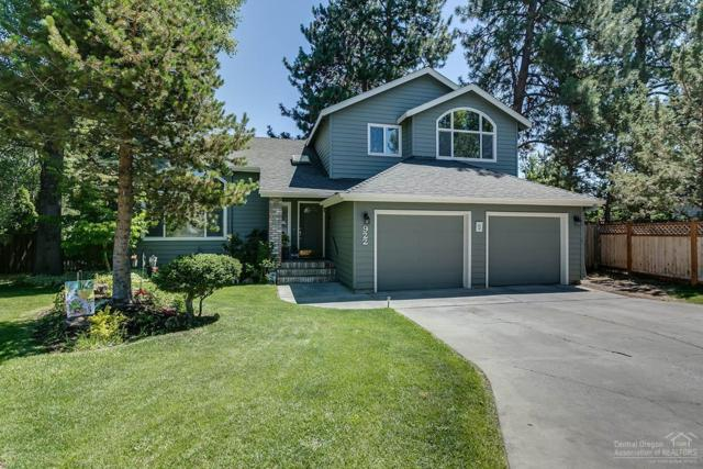 922 SE Sunwood Court, Bend, OR 97702 (MLS #201800247) :: Fred Real Estate Group of Central Oregon