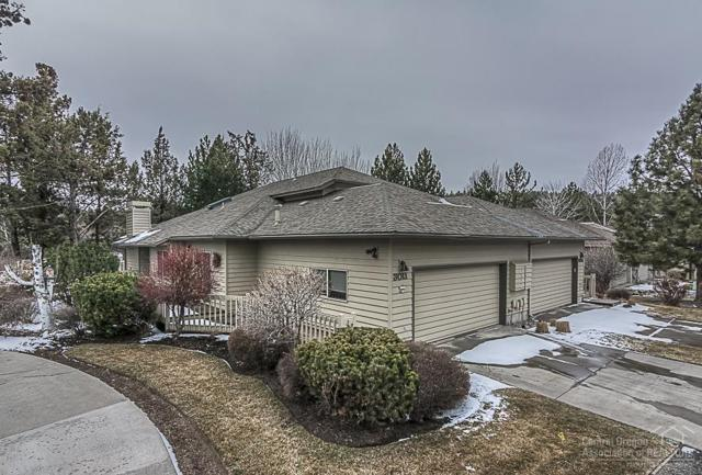 3011 NW Golf View Drive, Bend, OR 97703 (MLS #201801439) :: The Ladd Group