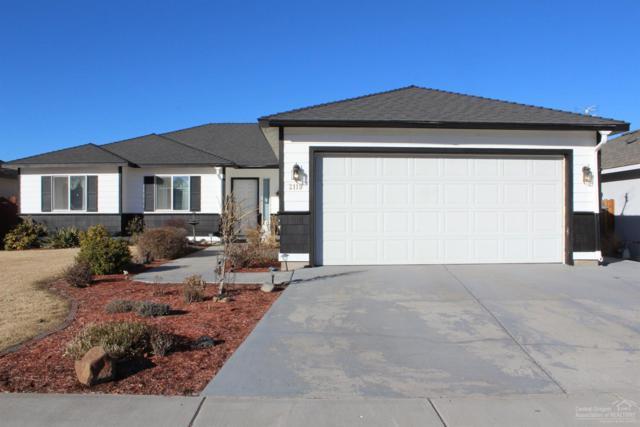 2119 NW Elm Avenue, Redmond, OR 97756 (MLS #201801532) :: Windermere Central Oregon Real Estate