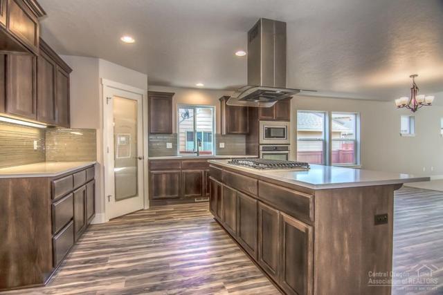 21128 SE Kayla Court, Bend, OR 97702 (MLS #201802138) :: Fred Real Estate Group of Central Oregon