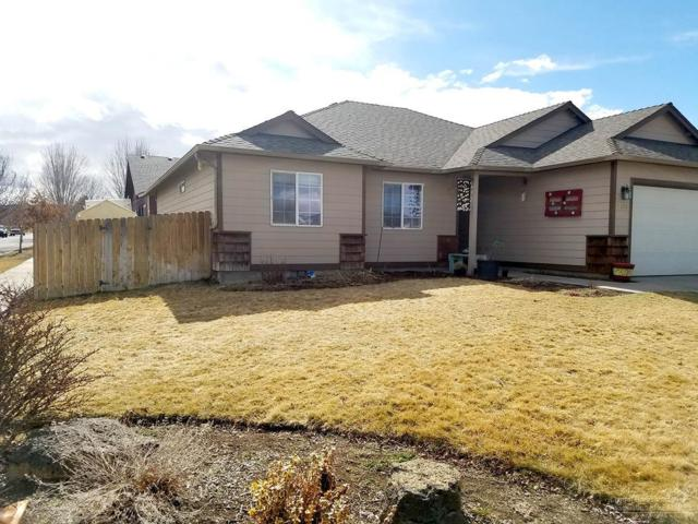 2104 NW Elm Avenue, Redmond, OR 97756 (MLS #201802220) :: Pam Mayo-Phillips & Brook Havens with Cascade Sotheby's International Realty