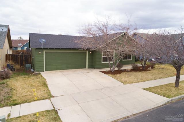 3431 SW Juniper Avenue, Redmond, OR 97756 (MLS #201802262) :: Fred Real Estate Group of Central Oregon