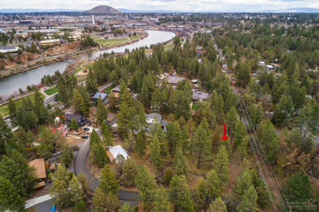 61658 Cedarwood, Bend, OR 97702 (MLS #201803535) :: Pam Mayo-Phillips & Brook Havens with Cascade Sotheby's International Realty