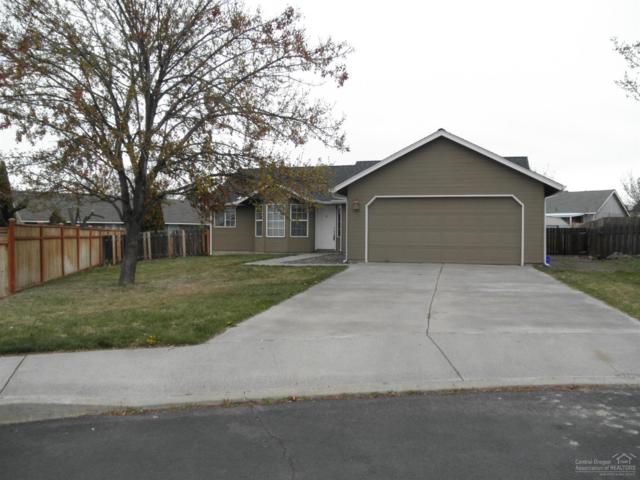 3001 SW Quartz Place, Redmond, OR 97756 (MLS #201803623) :: The Ladd Group