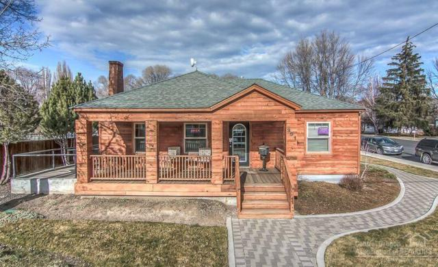 991 NE 3rd Street, Prineville, OR 97754 (MLS #201803910) :: Pam Mayo-Phillips & Brook Havens with Cascade Sotheby's International Realty
