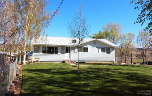 5602 NW Green Valley Road, Prineville, OR 97754 (MLS #201804413) :: The Ladd Group