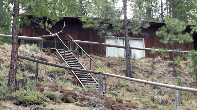 52011 Old Wickiup Road, La Pine, OR 97739 (MLS #201804648) :: Pam Mayo-Phillips & Brook Havens with Cascade Sotheby's International Realty
