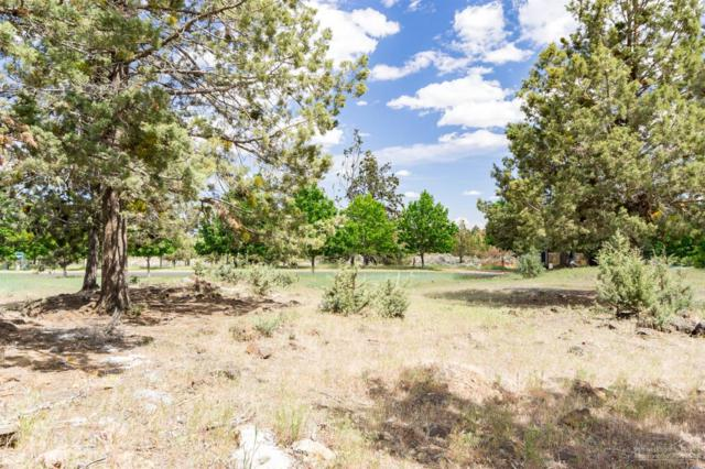 63227 Brad Street, Bend, OR 97701 (MLS #201804796) :: The Ladd Group