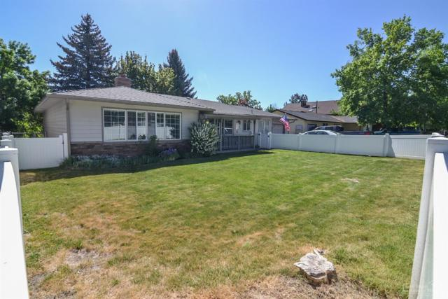 955 NE Crest Drive, Prineville, OR 97754 (MLS #201804844) :: Fred Real Estate Group of Central Oregon