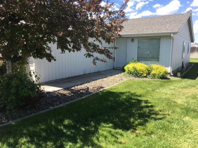 2343 NW Mcdougal Court, Prineville, OR 97754 (MLS #201805015) :: Windermere Central Oregon Real Estate