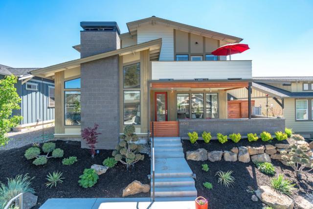 61060 SE Ruby Peak Lane, Bend, OR 97702 (MLS #201805163) :: Windermere Central Oregon Real Estate