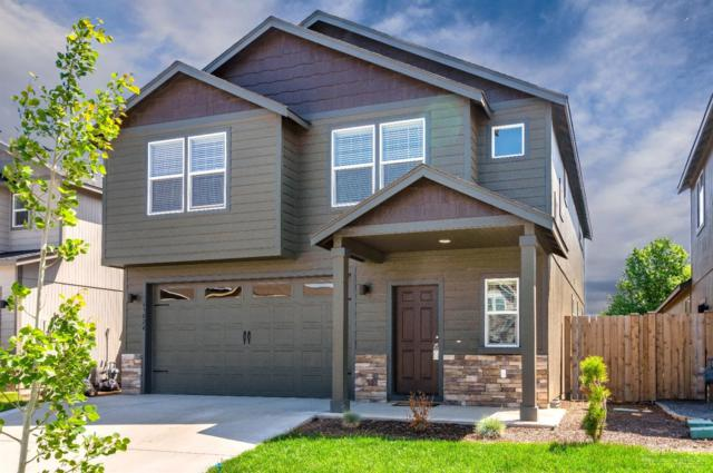 63024 Woodbridge Place, Bend, OR 97701 (MLS #201805402) :: Pam Mayo-Phillips & Brook Havens with Cascade Sotheby's International Realty