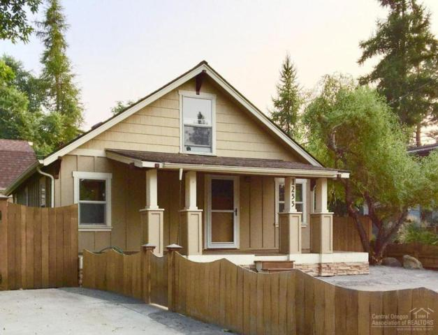 1255 NW Davenport Avenue, Bend, OR 97703 (MLS #201806049) :: The Ladd Group
