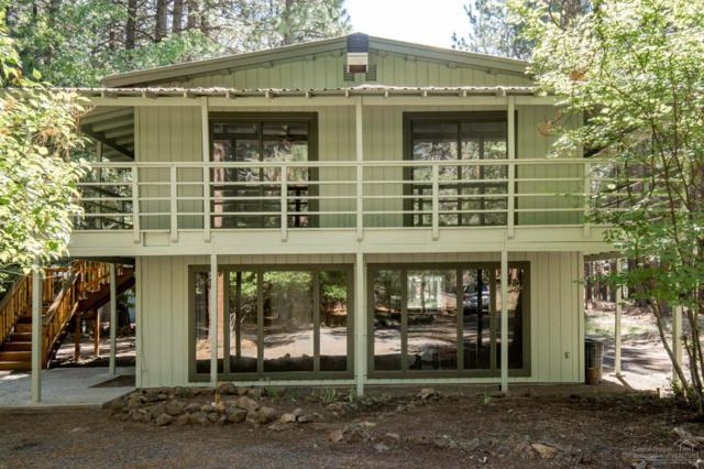 18633 River Woods Drive, Bend, OR 97702 (MLS #201806401) :: The Ladd Group
