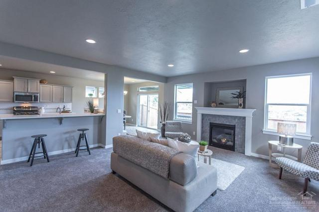 732 N Roundhouse Court, Sisters, OR 97759 (MLS #201806693) :: Pam Mayo-Phillips & Brook Havens with Cascade Sotheby's International Realty
