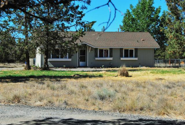 9365 SW Geneva View, Terrebonne, OR 97760 (MLS #201806746) :: Team Birtola | High Desert Realty