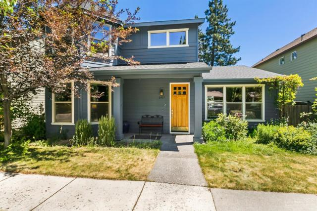 2477 NW Hosmer Lake Drive, Bend, OR 97703 (MLS #201806927) :: Pam Mayo-Phillips & Brook Havens with Cascade Sotheby's International Realty