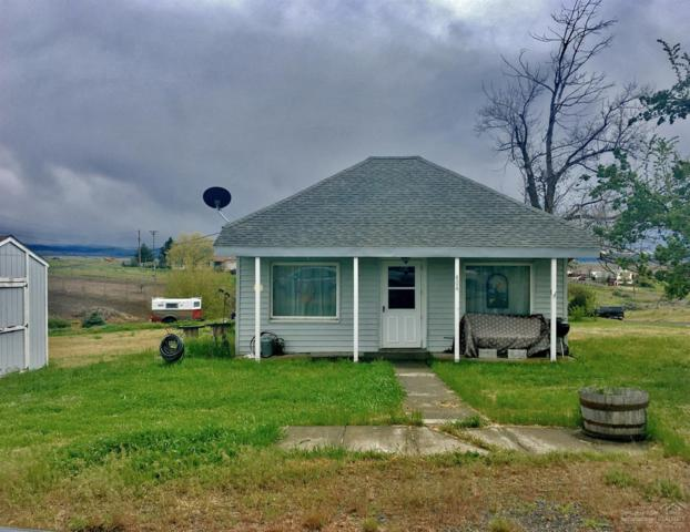 404 E Pennoyer Street, Condon, OR 97823 (MLS #201806931) :: Fred Real Estate Group of Central Oregon