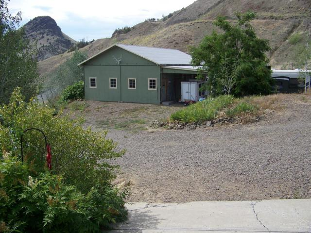 521 Old Mitchell Hwy, Mitchell, OR 97750 (MLS #201806992) :: Fred Real Estate Group of Central Oregon