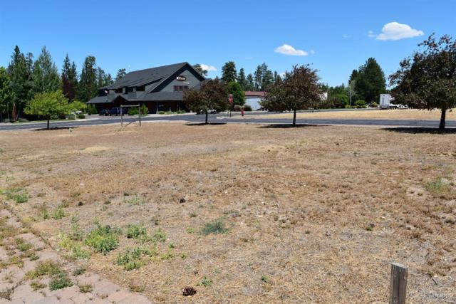708 W View Loop, Sisters, OR 97759 (MLS #201807050) :: Fred Real Estate Group of Central Oregon