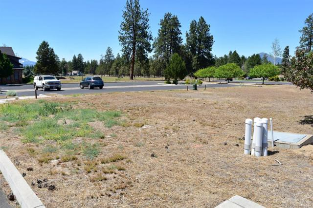 702 W View Loop, Sisters, OR 97759 (MLS #201807053) :: Fred Real Estate Group of Central Oregon