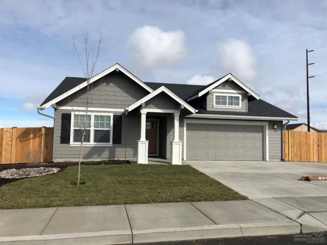 410 NE Oak Avenue, Redmond, OR 97756 (MLS #201807200) :: Team Birtola | High Desert Realty