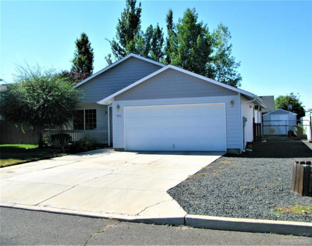 936 NE Snowberry Street, Prineville, OR 97754 (MLS #201807362) :: Windermere Central Oregon Real Estate