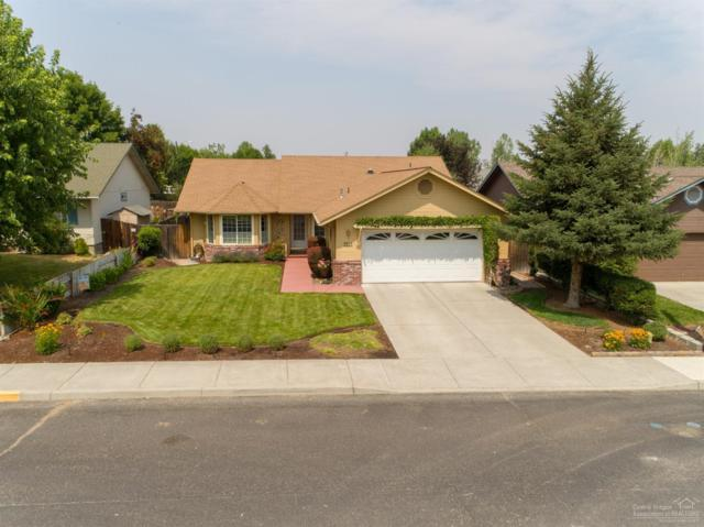 2227 NW Ivy Avenue, Redmond, OR 97756 (MLS #201808077) :: Pam Mayo-Phillips & Brook Havens with Cascade Sotheby's International Realty