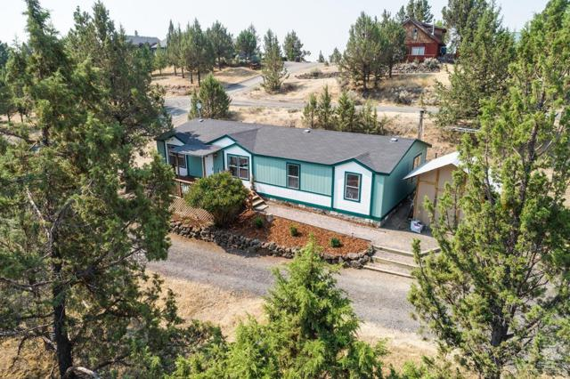 5867 NW Combs Street, Prineville, OR 97754 (MLS #201808079) :: Fred Real Estate Group of Central Oregon