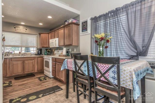2004 SW 23rd Street, Redmond, OR 97756 (MLS #201808159) :: Pam Mayo-Phillips & Brook Havens with Cascade Sotheby's International Realty