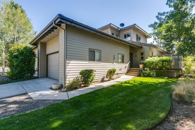 3053 NW Golf View Drive, Bend, OR 97703 (MLS #201808223) :: The Ladd Group